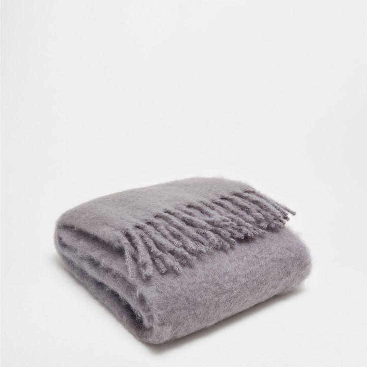 manta mohair flecos gris