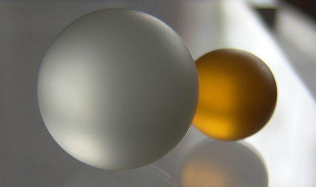 Přesně kulaté-broušené kuličky