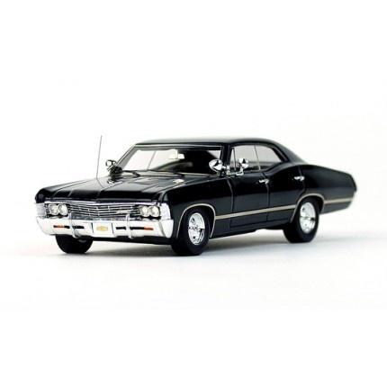 truescale 1 43 chevrolet impala 1967 4 door sport sedan black car tarea d moda. Black Bedroom Furniture Sets. Home Design Ideas