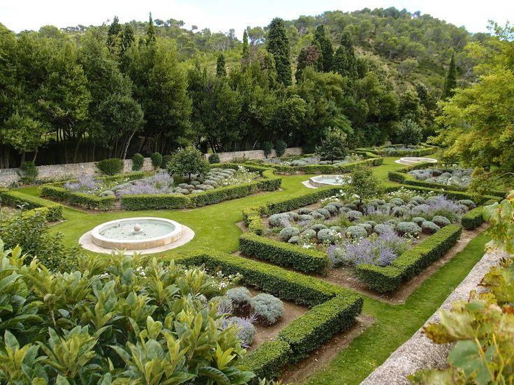 173 best Classic Gardens images on Pinterest Garden ideas