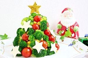 「クリスマスツリーのポテトサラダ」味付けは好みでもOK チーズの残りは ポテトサラダに入れても良いですしブロッコリーにのせて焼いても美味しいです【楽天レシピ】