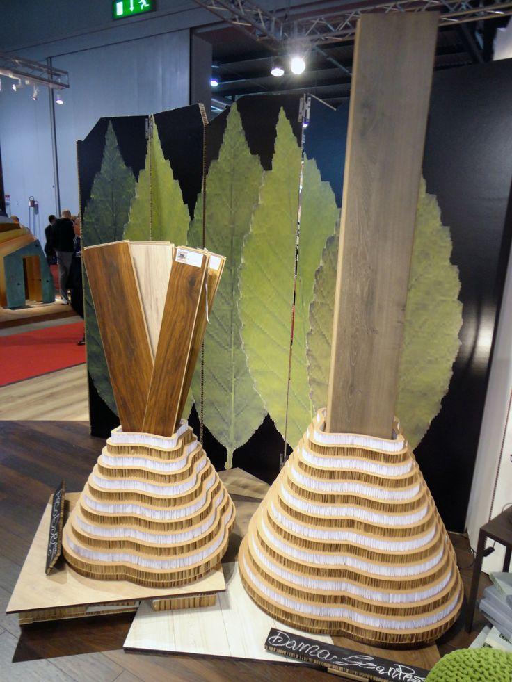 Espositore per doghe in legno
