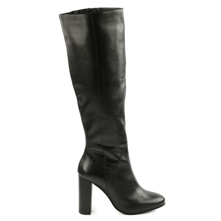 Hoge zwarte leren laarzen