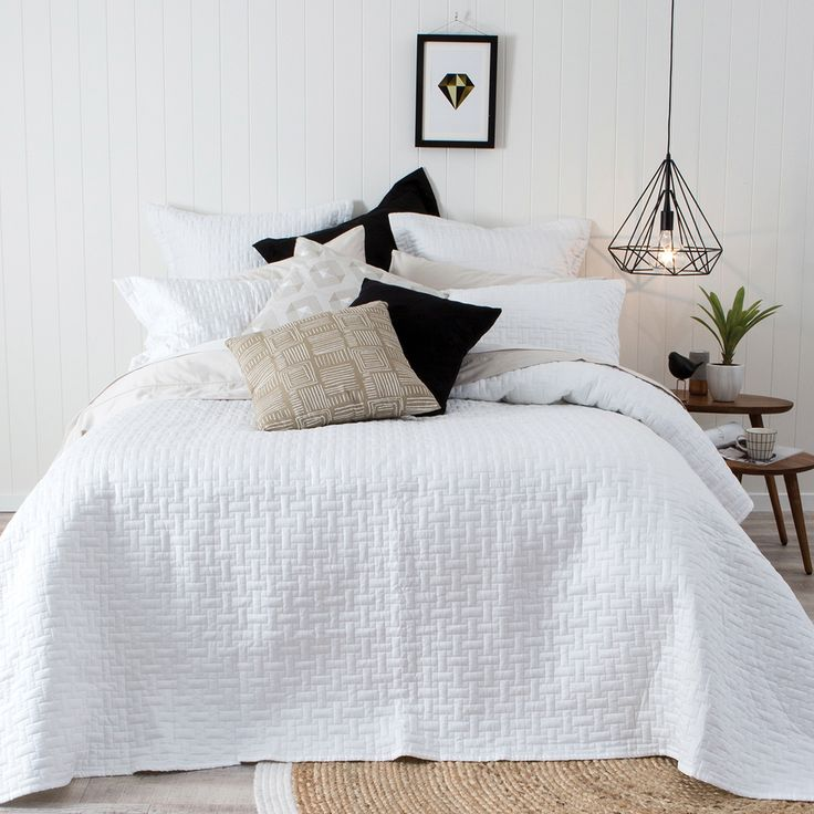 Narbonne White Coverlet - Pillow Talk