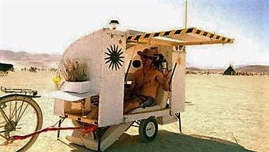 Mini-caravan om te overleven.