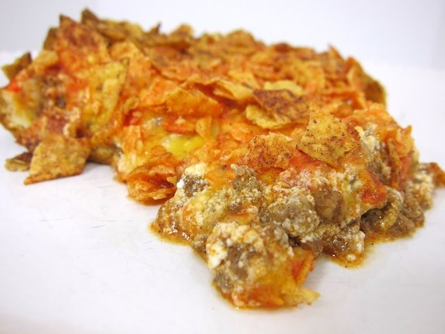 Doritos Taco Bake, oh wow I will have to make this on a junk food day.