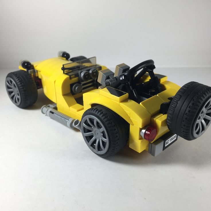 https://flic.kr/p/VZ3be3 | Caterham - an approximation, the best that I can. #quickbuild #legomoc #caterham #lego