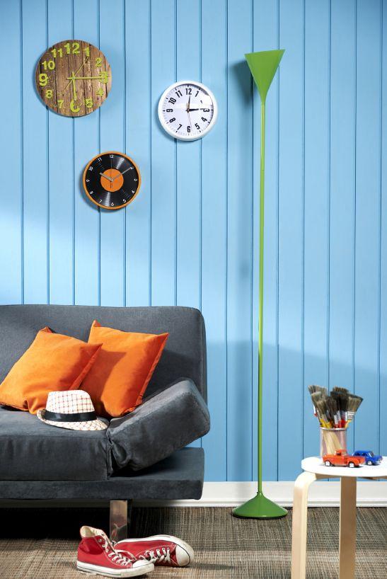 Contrasta tus lámparas con tus paredes y logra efectos retro.   #Retro #Colors #Home #Vintage #Deco  #Easy #Easytienda #TiendaEasy #decotendencias