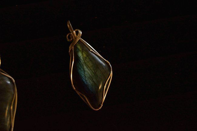 Conocer la historia y significado de los #anillos de #esmeralda
