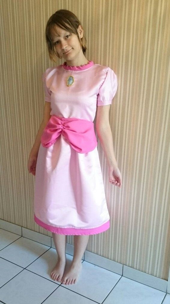 Princess peach inspired cosplay dress by KatelilleProductions