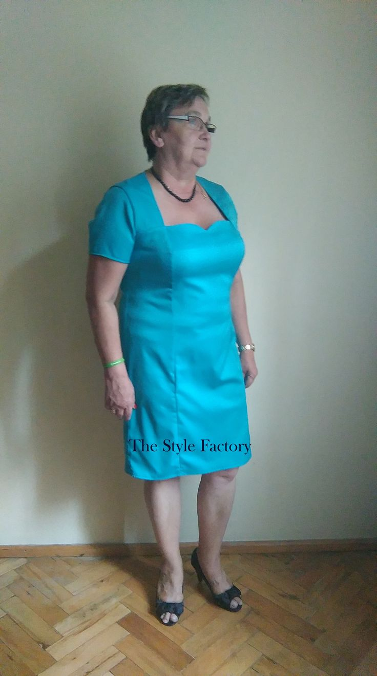 Dress and cape in turquoise // thestylefactory.pl //