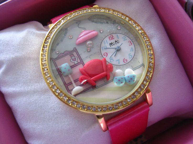 REF.26 Reloj con mini-figuras en 3d porcelana fría.  100% originales, garantía 1 año\ pulso fuscia