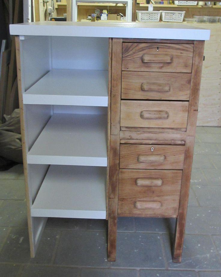 Van een oud bureau een kast gemaakt