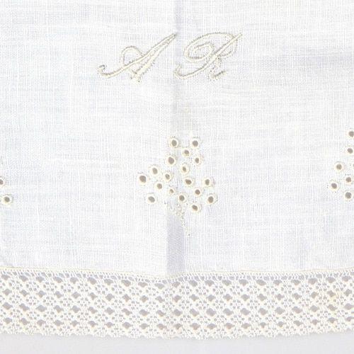 toallita de acristianar bordada 2
