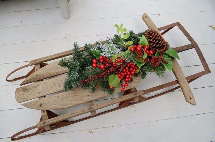 ideen schlitten weihnachtlich dekorieren naturmaterial #weihnachtsdeko #ideen #outside