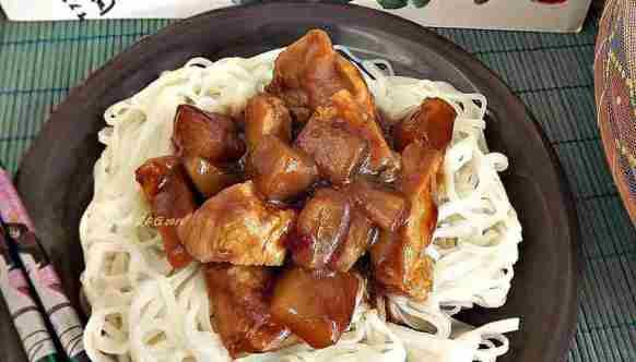 Piept de pui cu sos Teriyaki si ananas