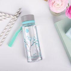 Une gourde plastique écologique, pour conserver l'eau de manière saine et durable http://www.aquaovo-europe.com/gourde-design-equa.html