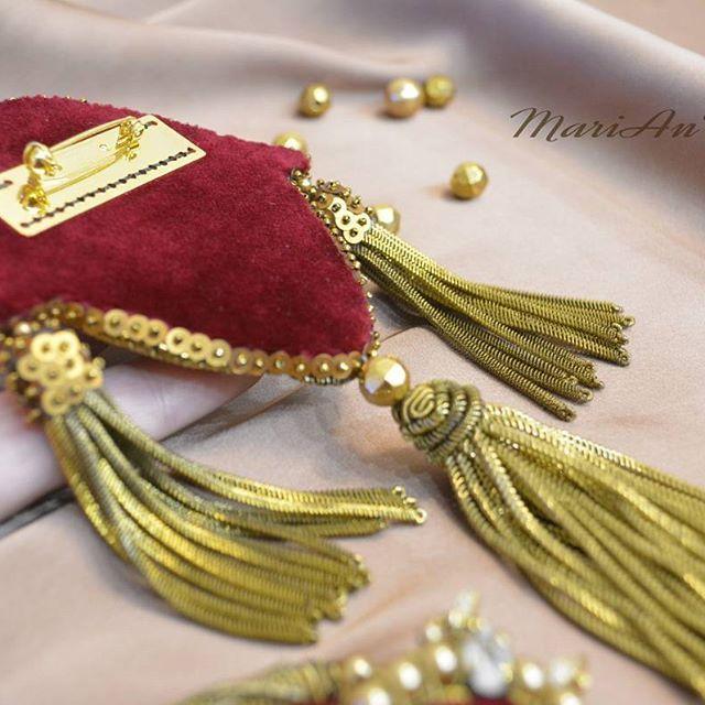 ..PICCOLI GIOIELLI.. andembroidery brooch marianti jewelry