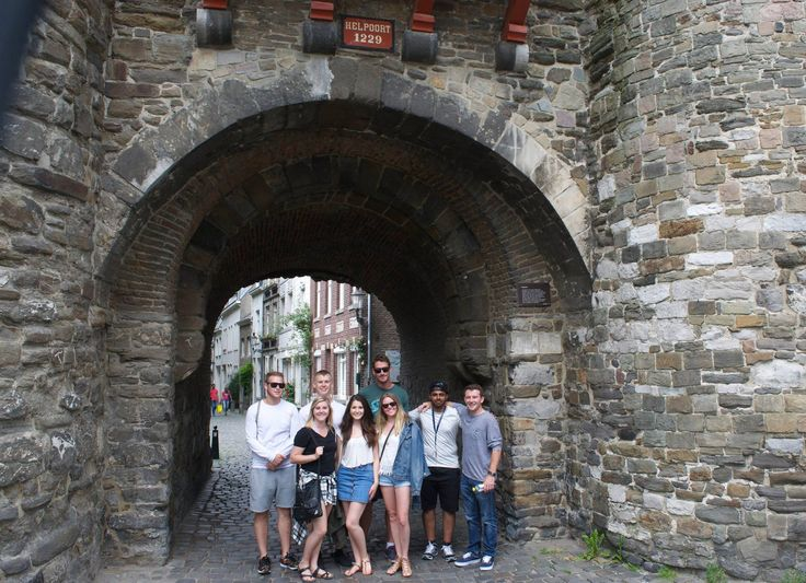 Summer 2016 students taking time to explore the old buildings of Maastricht