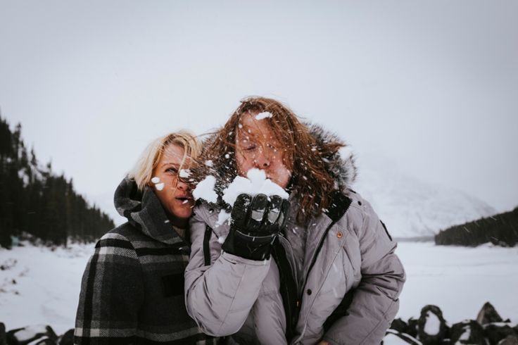 Snow kisses. Taken in Kananaskis, Rocky Mountains, Canada. Photo by Benjamin Stuart Photography #weddingphotography #rockies #canada #love #engagementshoot #soontobemrandmrs