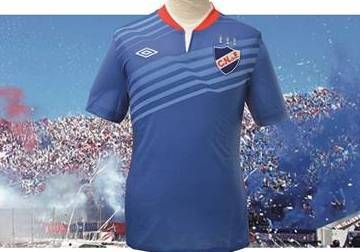 Club Nacional de Football 2014 Umbro Away Jersey