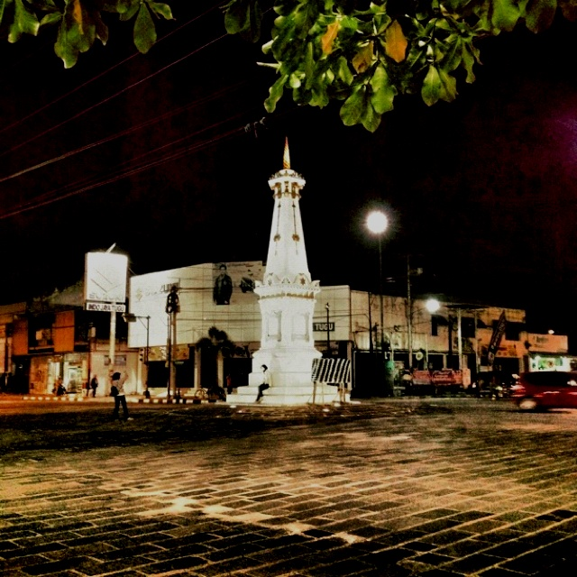 Tugu Jogja. This is the symbol monument the city of Jogja. it was built by Hamengkubuwana I. it has a symbolic value and it's a magical line that connects the southern ocean, the palace of Yogyakarta and Mount Merapi. At the time of meditation, it is said the Sultan of Yogyakarta at the time to use this monument as a benchmark towards facing the peak of Mount Merapi.
