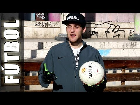 Ambidextrous Clapping Sean Garnier Groundmoves - Trucos, videos y jugadas de Futbol - http://47beauty.com/ambidextrous-clapping-sean-garnier-groundmoves-trucos-videos-y-jugadas-de-futbol/    Trucos de Futbol como Ambidextrous Clapping son groundmoves muy utilizados por Sean Garnier y otras leyendas de Futbol calle y freestyle, con videos y jugadas de futbol aprende Skills de Street Soccer, gambetas y Football Freestyle tutorials gratis en Football Tricks Online! Indoor so
