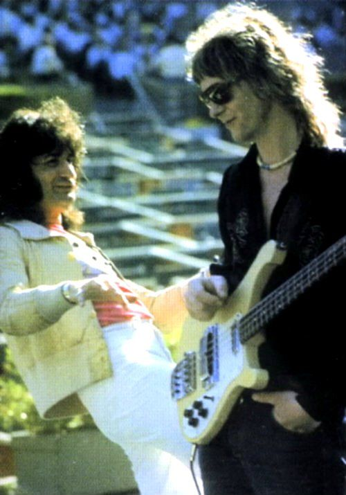 Chris squire Bass for the rock band YES died 6-27-15