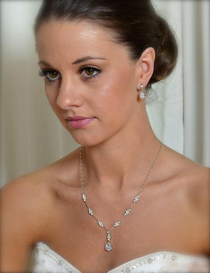 WS132 Necklace and Earring Set