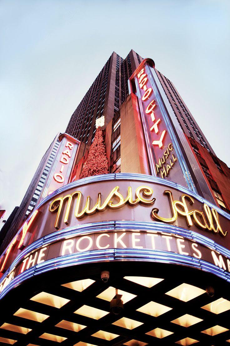 Radio City #newyork, #NYC, #pinsland, https://apps.facebook.com/yangutu