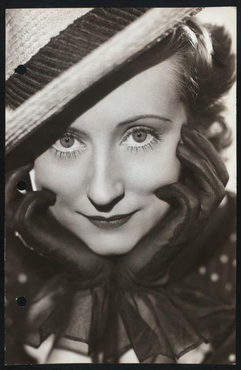 Irene Noblette - Irene Ryan