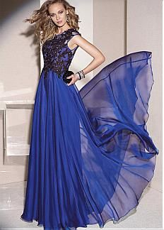 Chic Tulle & Silk Like Chiffon Jewel Neckline Floor-length A-line Mother Of The Bride Dress