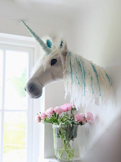 #unicorn beautiful wall head http://wallartkids.com/unicorn-themed-bedroom-ideas