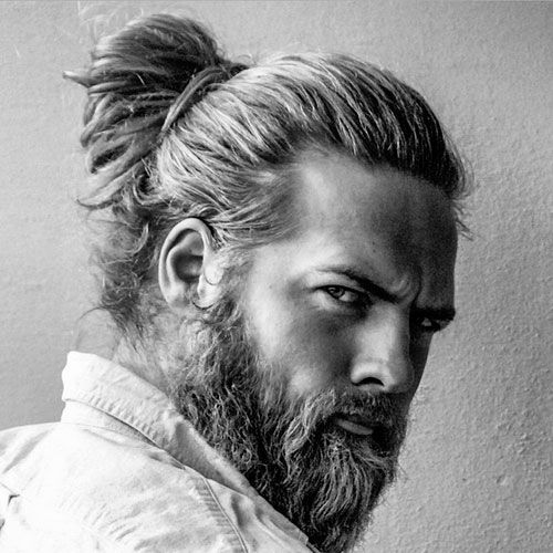 """The man bun hairstyle ascended as an edgy, fashionable alternative to wearing men's long hair naturally. The man bun haircut or """"samurai hairstyle"""" is created by graspingall of your hair at thecrown of your head and then using a hair band to fashion the hair into the bun. While true man bun hair generally requires …"""