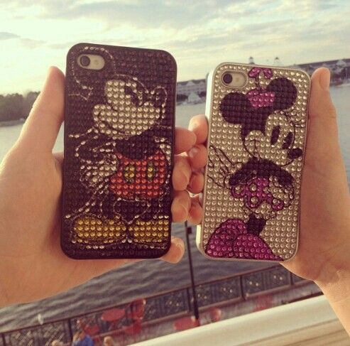 Matching phone cases micky and minnine design