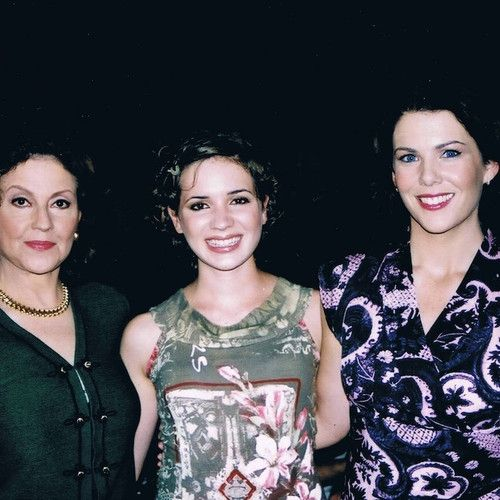 The Cast of 'Gilmore Girls' Made Me Feel Normal After My Leukemia