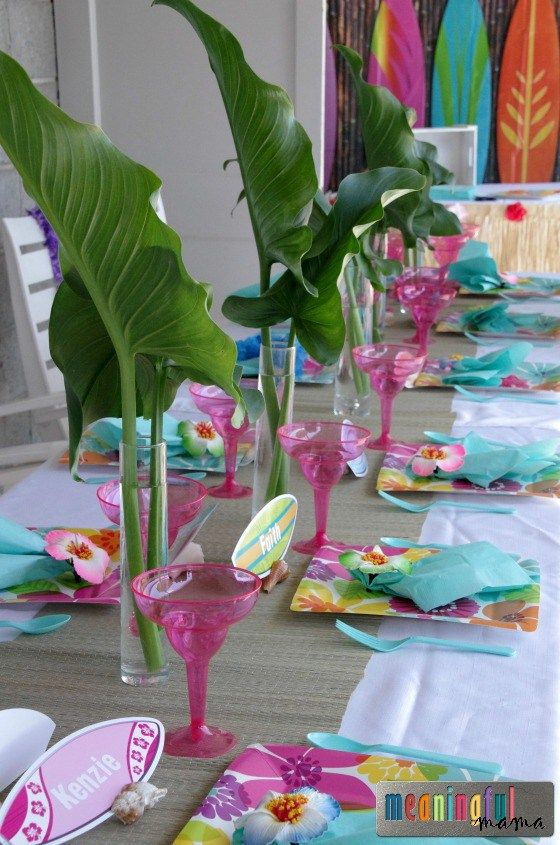 25 best ideas about hawaiian centerpieces on pinterest luau table decorations luau. Black Bedroom Furniture Sets. Home Design Ideas