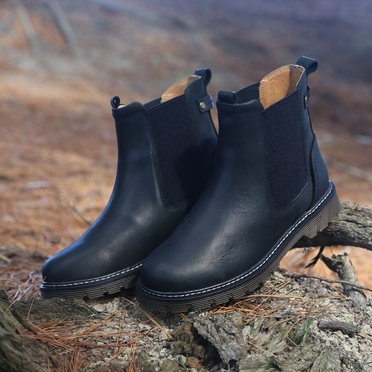 Finding ankle boot perfection is easy with the Miss Sofie 'Avery'. http://www.shoeconnection.co.nz/products/M0WARA5L1AA