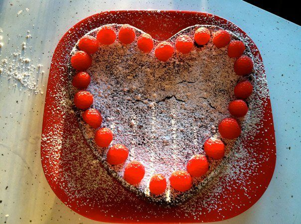 Valentines Day Flourless Chocolate Cake | Healthy Recipes & Food | Pi ...