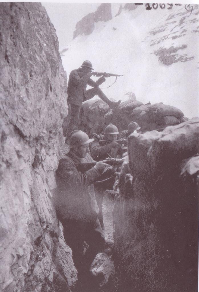 prima guerra mondiale 1915-1918 -  soldati Italiani al fronte sulle Alpi   #TuscanyAgriturismoGiratola
