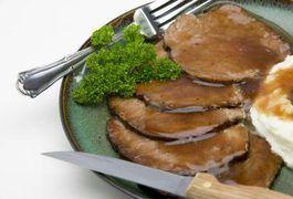 How to Make a Tender Sirloin Tip Roast in a Crock-Pot | LIVESTRONG.COM