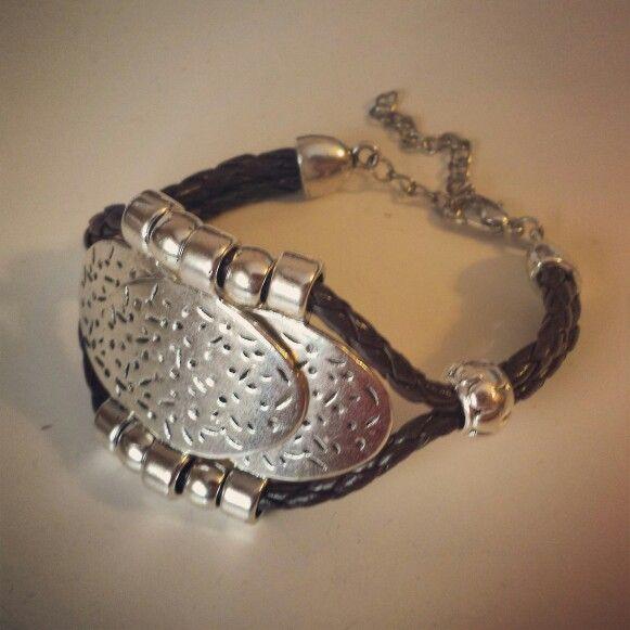 Pulsera chic. Chic bracelet  - by Arriba Muñecas.