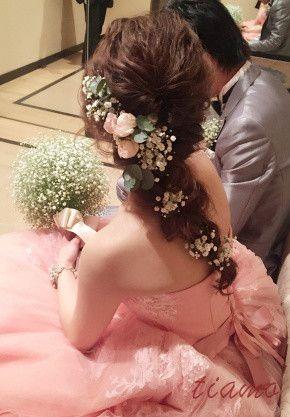 シニヨンからカスミ草を使ったアレンジへ♡可愛い花嫁さまのHotel Wedding♡ の画像|大人可愛いブライダルヘアメイク『tiamo』の結婚カタログ