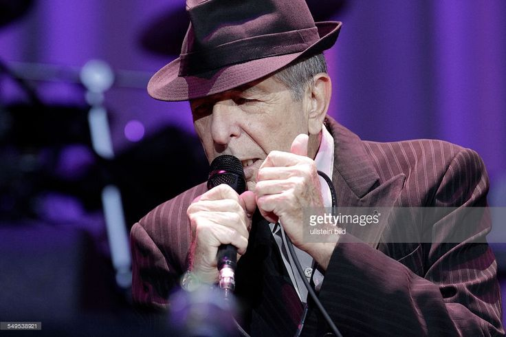 Photo d'actualité : Concert of singer Leonard Cohen in the Waldbühne,...