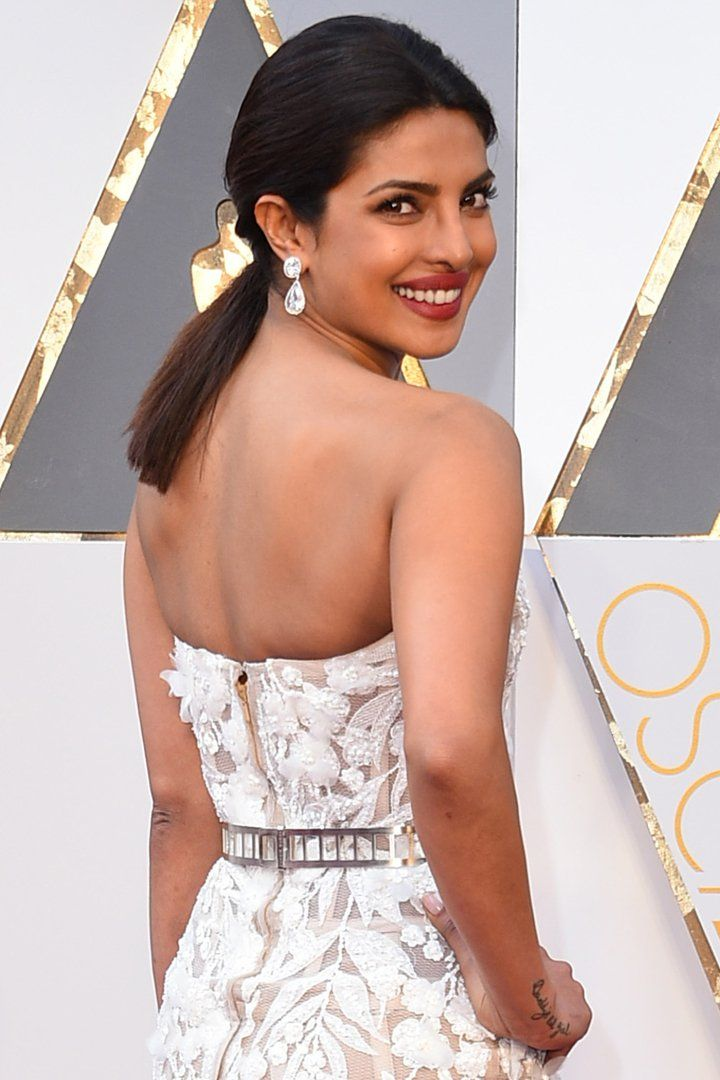 Pin for Later: Priyanka Chopra's Stylist on How to Style Thick, Luscious Hair