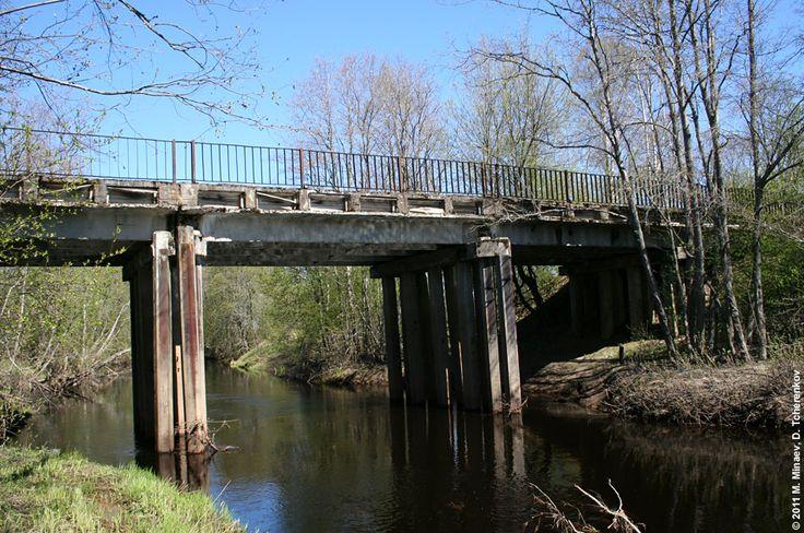Мост через Авлогу в Верхних Никулясах