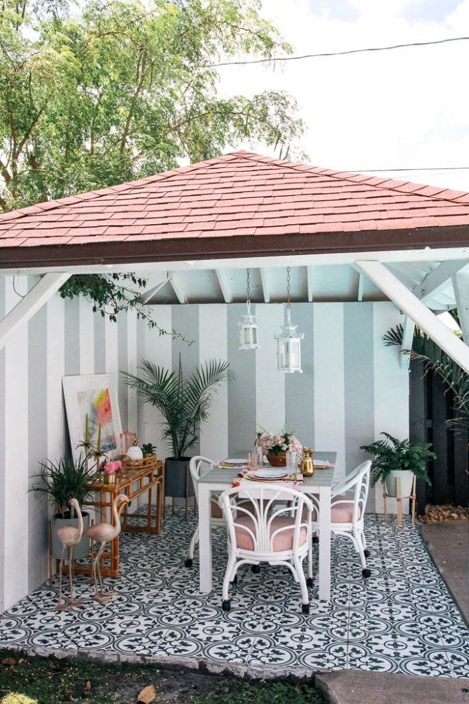 Palm Beach Chic Patio Reveal With Images Tropical Patio