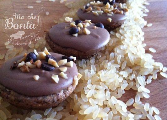 Biscotti saraceni con cremino alla nocciola. #ricetta di @wondercle