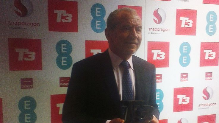 Lord Sugar's regret at not taking on Apple and Palm with his PenPad | Lord Alan Sugar believes he should have given an early PDA offering more of a chance. Buying advice from the leading technology site