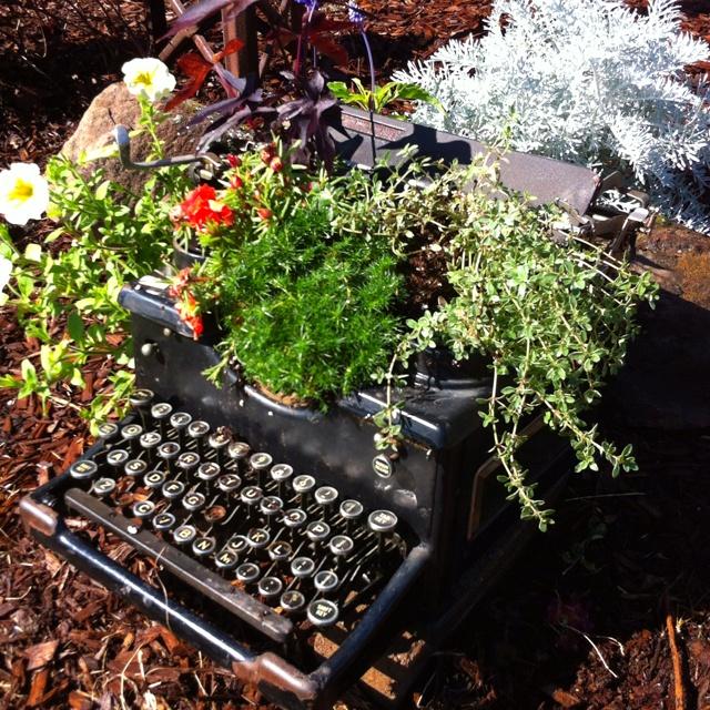 Unique Garden Art: DIY Repurpose/Recycle Projects